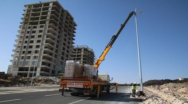 Karaköprü'de Bulvarlar Aydınlatılıyor- Videolu Haber