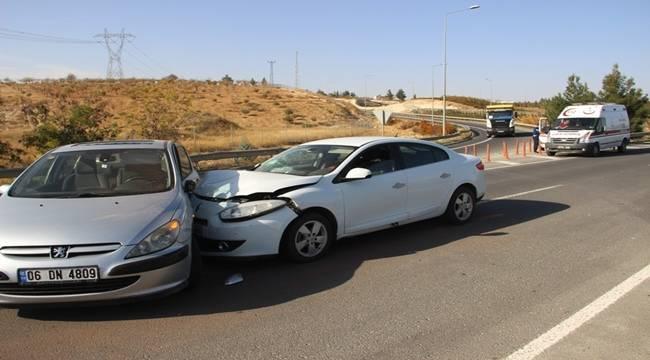Karaköprü'de Trafik Kazası, 2 yaralı