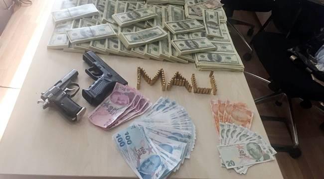 Sahte 1 Milyon Dolar Yakalandı