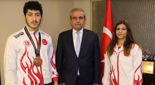 Şampiyon Sporculardan Demirkol'a Ziyaret- Videolu Haber