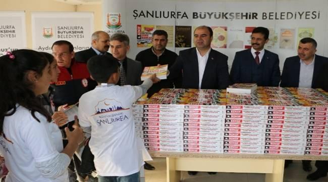Şanlıurfa'da 5 bin konu anlatımlı kitap dağıtıldı-Videolu Haber