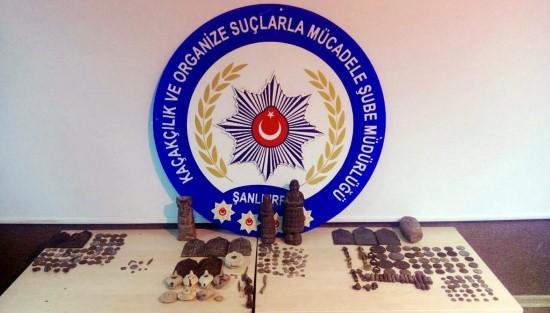 Şanlıurfa'da tarihi eser kaçakçılığna 4 gözaltı