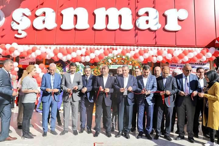 ŞANMAR 18.mağazasını açtı
