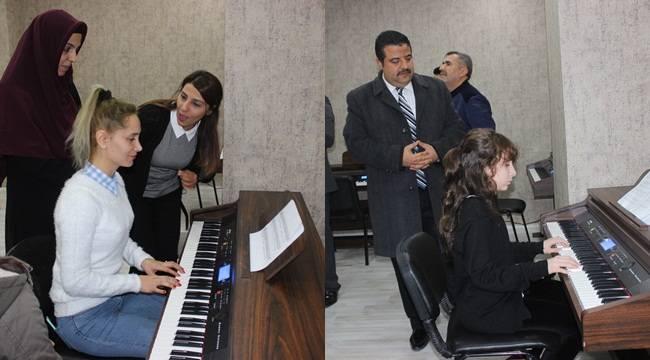 Siverek'te Ücretsiz Müzik Kursu Sınıfı Açıldı