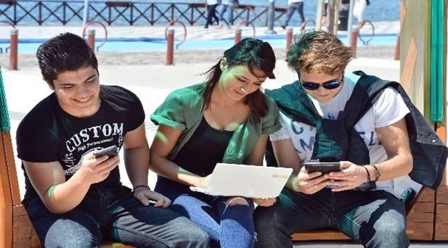 Tanal, Ücretsiz İnternet İçin Kanun Teklifi Verdi