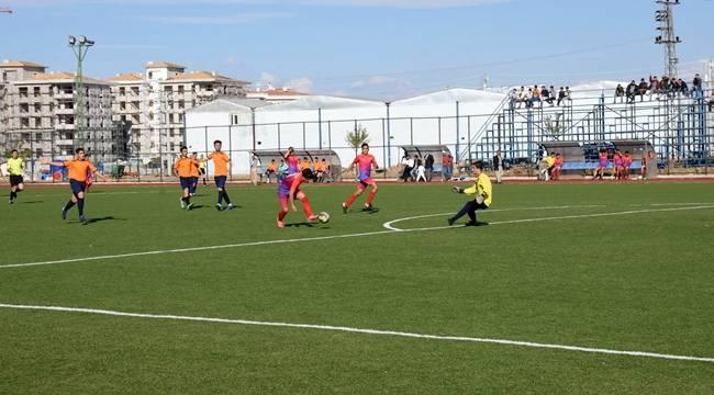 Hilvan Belediyespor'un U19 Takımı Liderliğini Sürdürüyor