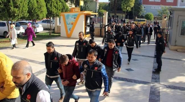 Urfa'da 9 uyuşturucu satıcısı adliyeye sevk edildi