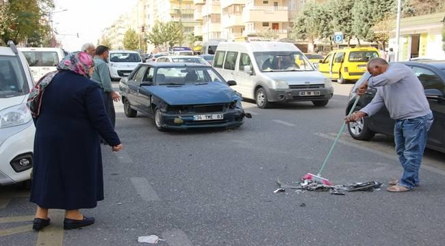 Urfa'da trafik kazası: 1'i polis 2 yaralı