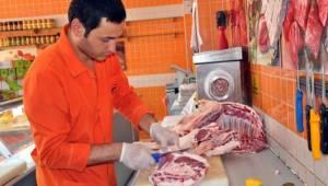 Urfa'da Ucuz Et İki Markette Birden Satılacak