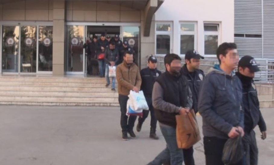11 ilde Bylock kullananlara operasyon: 35 gözaltı