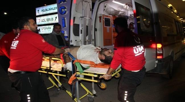 Bozova'da Otomobil Refüje Çıktı, 1 Yaralı