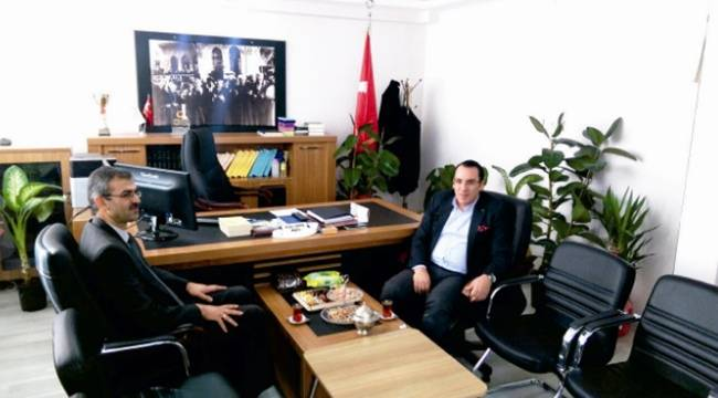 Kaymakam Kaya'dan Kahta Müftüsü Çevik'e Ziyaret