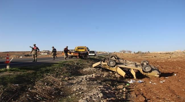 Şanlıurfa'da Otomobil Takla Attı, 1'i ağır 5 yaralı