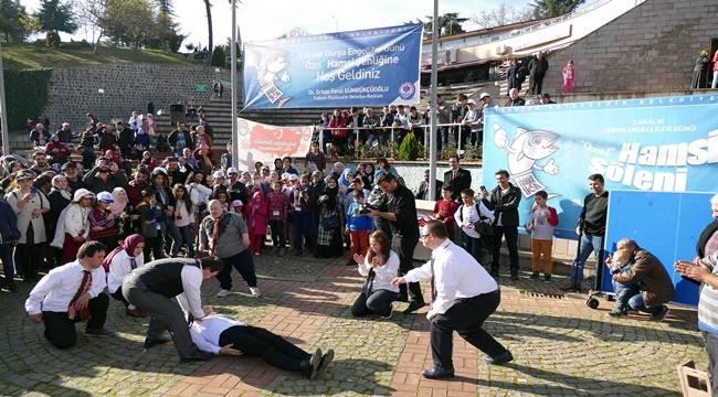 Urfalı Öğrenciler Trabzon'da Hamsi Şölenine Katıldı