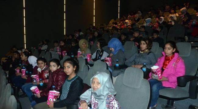 Urfa'da 24 Bin Öğrenci Sinema İle Buluştu