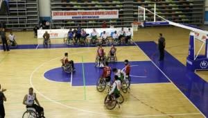 Büyükşehir Engelliler Basketbol İlk Yarıyı Namaglûp Tamamladı