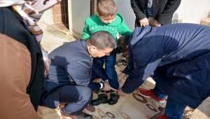 Ceylanpınar'da Muhtaç Ailelerin İhtiyaçlarını Gideriyor-Videolu Haber