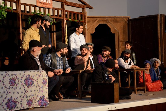 Ceylanpınar'da Tiyatro oyununa yoğun ilgi