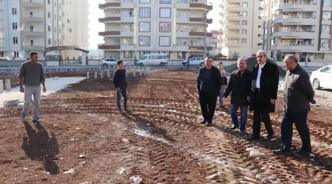 Demirkol, Karşıyaka'daki Park Yapım Çalışmasını İnceledi-Videolu Haber