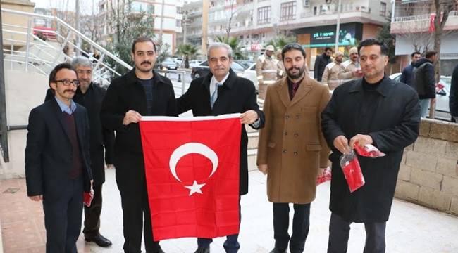 Haliliye Esnafına Türk Bayrakları Dağıtıldı-Videolu Haber