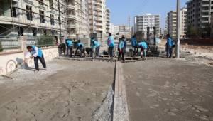 Karşıyaka mahallesinde beton parke çalışması
