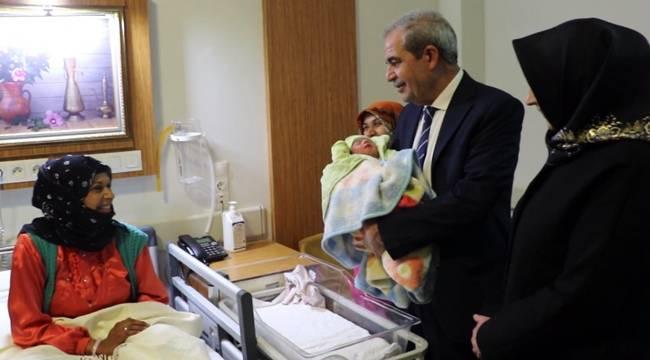 Yeni Yılın İlk Bebeği Zeynep Yağmur Bebek-Videolu Haber