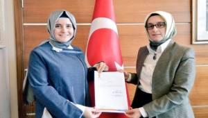 AK Parti Şanlıurfa Kadın Kolları Başkanı Değişti