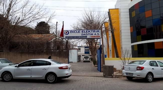 Akçakale esnafı elektrik kesintilerinden şikayetçi
