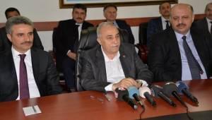 Bakan Fakıbaba, 300 Koyun Projesi ile İlgili Konuştu