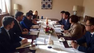 Büyükelçi Önen'den Çin Enerji şirketlerine ziyaret