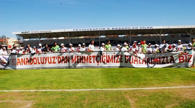 Fethiyespor-Şanlıurfaspor Maçında Mehmetçiğe Destek