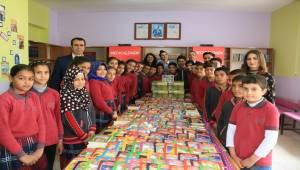 Küçükhan Köyüne Eğitim Setti Bağışı Yapıldı
