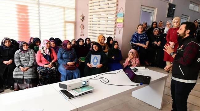 Kursiyer Kadınlara Uyuşturucu İle Mücadele Semineri-Videolu Haber