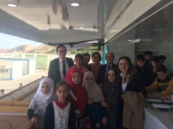 Matematik Müzesi, savaş mağduru çocukların ayağına gidiyor