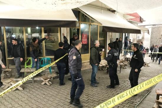 Siverek'te silahlı kavga: 3 yaralı