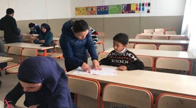 Suriyeliler Türkçe Yeterlilik Sınavı Girecek