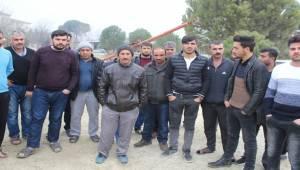 Taşeron firmanın parasını ödemediği işçiler iş bıraktı