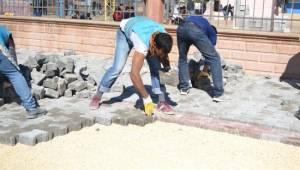 Yardımcı'ya 22 bin m2 kilitli beton parke taşı döşeniyor