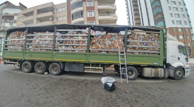 Atık Kağıt Yüklü Tırda 21 Bin Paket Kaçak Sigara Yakalandı