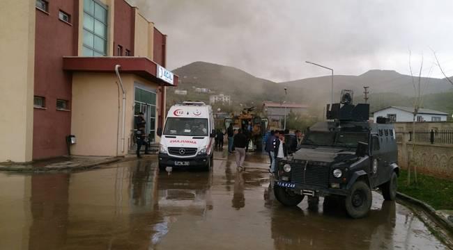 Diyarbakır'da Askeri Kirpi Aracına Saldırı, 6 Yaralı