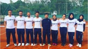 Harran Üniversitesi Tenis Takımı Türkiye 2'ncisi oldu