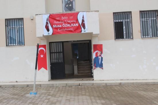 Köy okulunda açılan kütüphaneye şehidin adı verildi