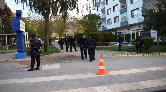 Malatya'da Baba Öz Kızına Kurşun Yağdırdı