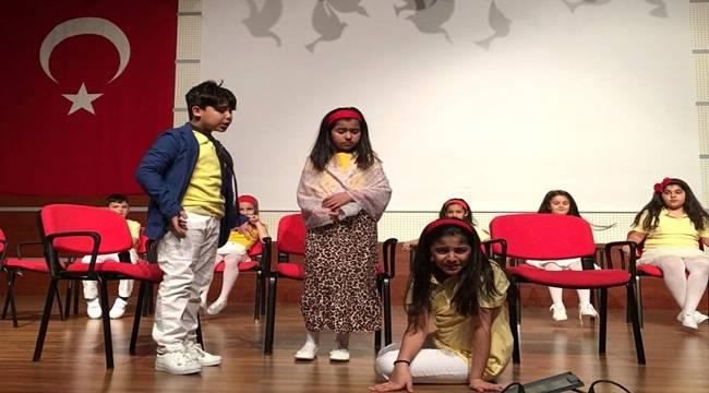Öğrenciler Sahne Performanslarıyla Göz Doldurdu