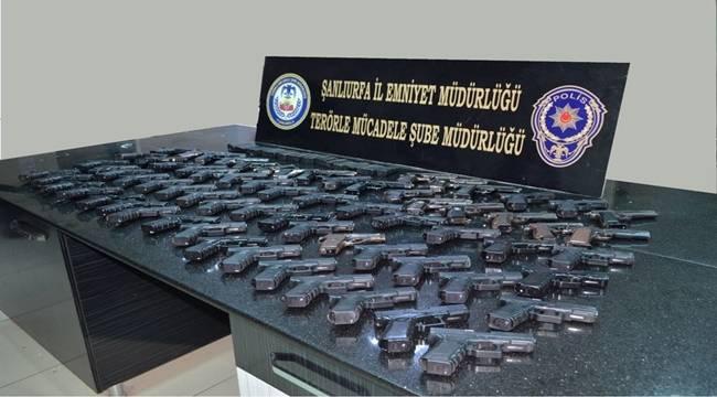 Petrol kuyularını PKK/PYD'ye kaptıran DEAŞ silah ticaretine başladı