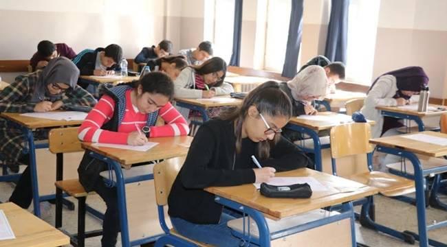 Şanlıurfa Geneli 8.Sınıflara Ödüllü Deneme Sınavı Yapıldı