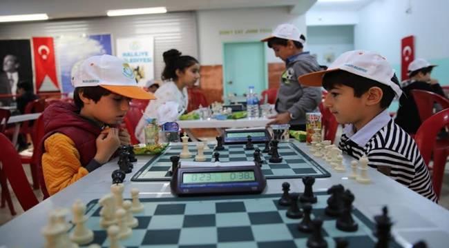23 Nisan'a Özel Satranç Şampiyonası