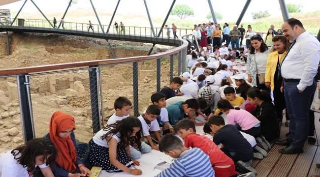 Bin Çocuk Göbeklitepe'de Resim Yaptı