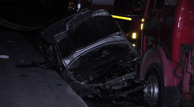 Diyarbakır'da trafik kazası,1 ölü, 2 yaralı