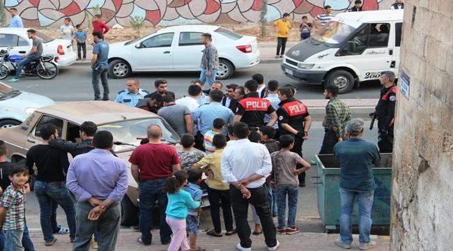 Harran Kapı'da Taşlı Sopalı Kavga, 2 Yaralı